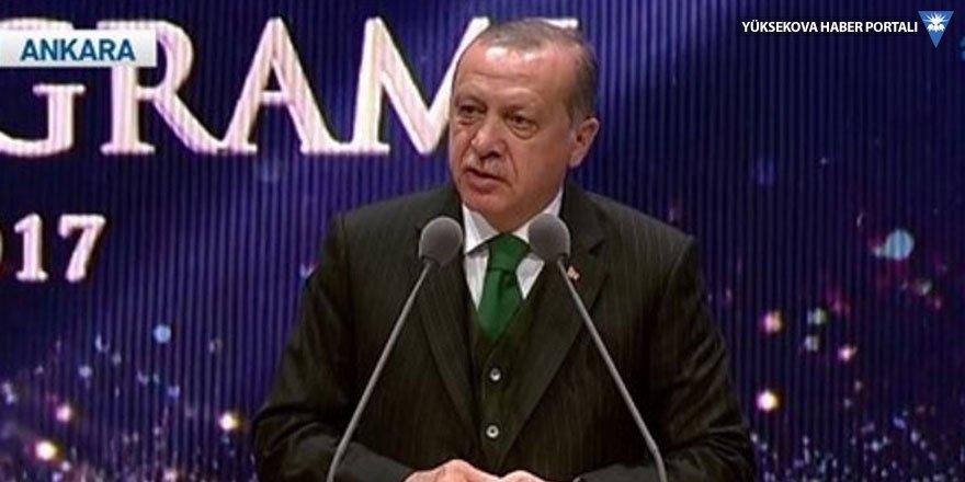 Erdoğan: Kalmak yok gidiyoruz, hepimiz yolcuyuz