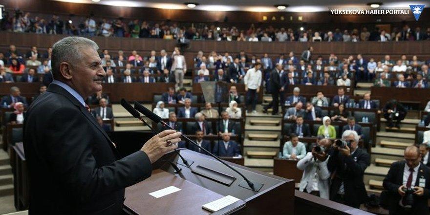 Başbakan Yıldırım: Bre ahmaklar AK Parti hep Anıtkabir'e gidiyor