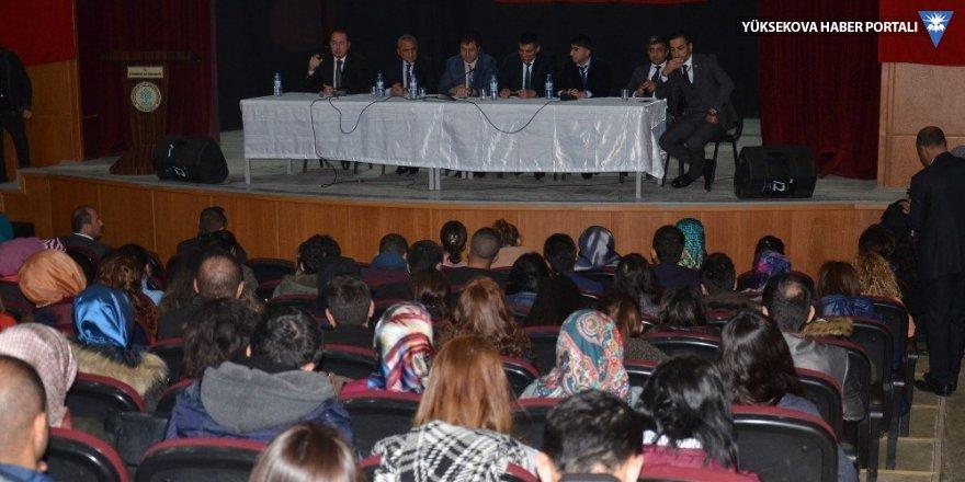 Yüksekova'da bilgilendirme toplantısı