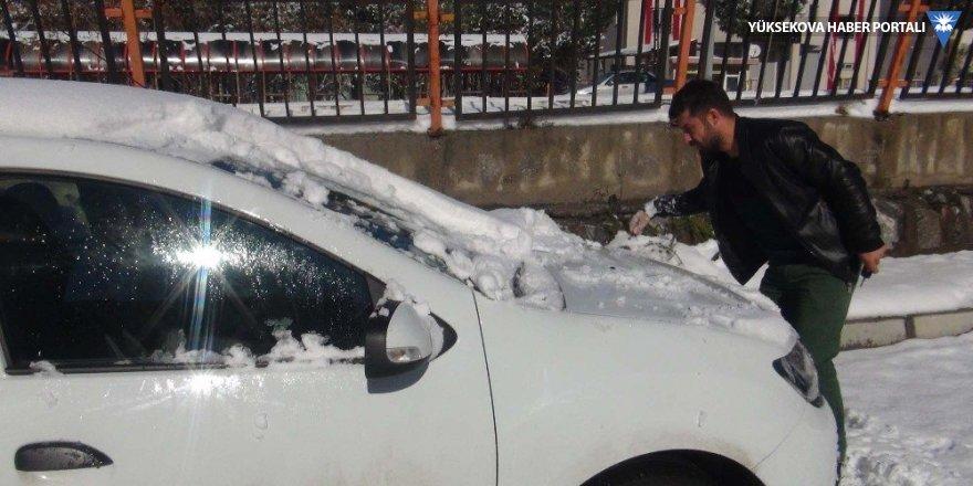 Bitlis'te 51 köy yolu ulaşıma kapandı