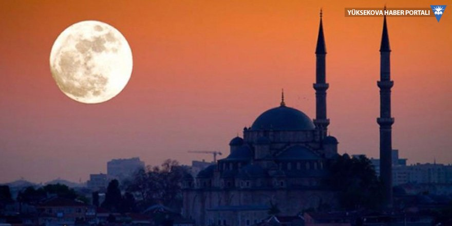 'Süper Ay' geceyi aydınlatacak