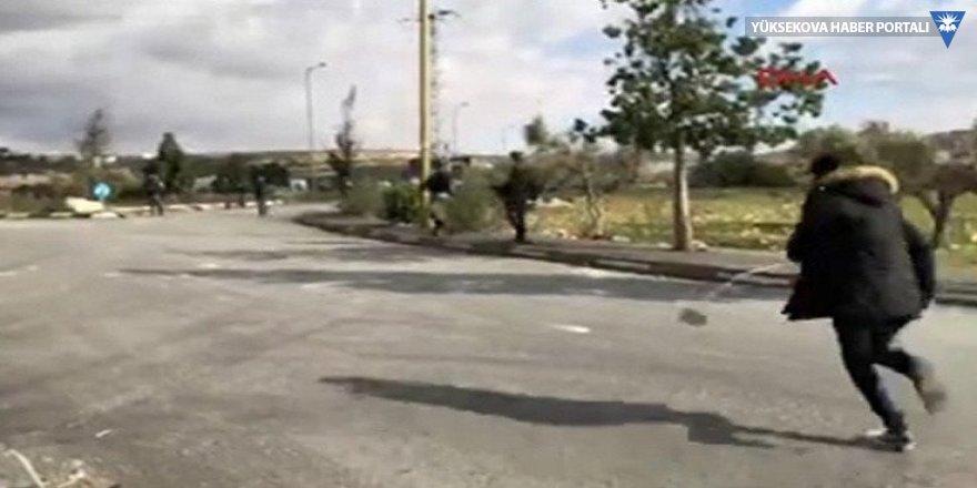 İsrail askerleri canlı yayında Filistinli göstericiyi vurdu