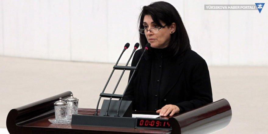 Leyla Zana'nın vekilliği 23 yıl sonra bir kez daha düşürüldü