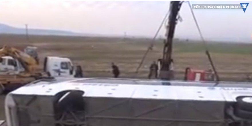 Silopi'de yolcu otobüsü devrildi: 9 ölü, 28 yaralı