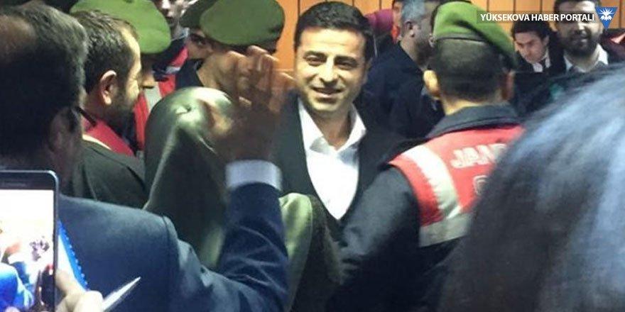 Demirtaş: Benim de Başbakan Yıldırım kadar dokunulmazlık hakkım var!