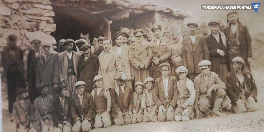 Bursa'dan Hakkari'ye 1954 yılından kalma hatıra fotoğrafı