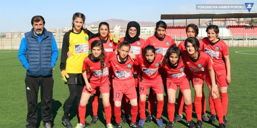Yüksekova Kadın Futbol takımı 3. Lig'e yükseldi