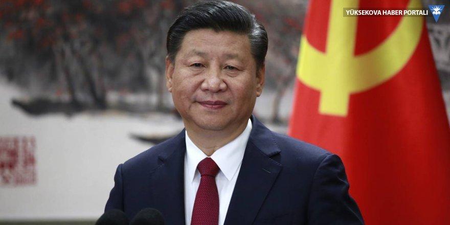 Çin'de ömür boyu başkanlığın yolu açıldı