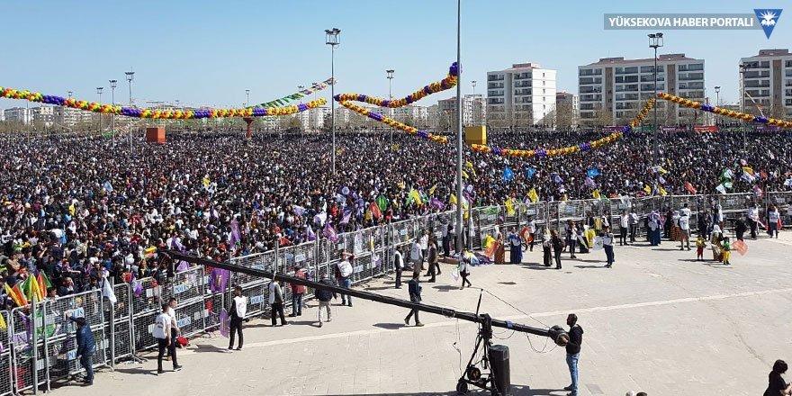 Diyarbakır, Newroz'u kutluyor