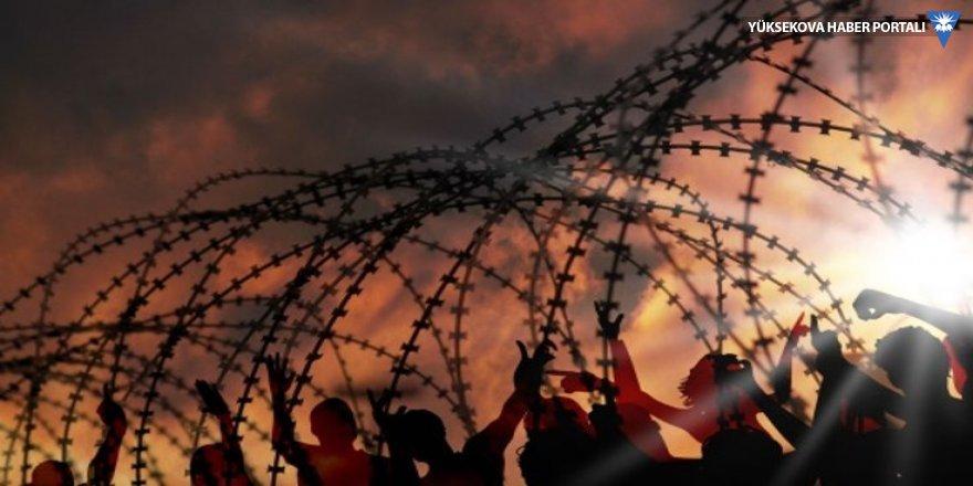 Der Spiegel: AB, Türkiye sınırlarını mültecilere karşı silahlandırdı