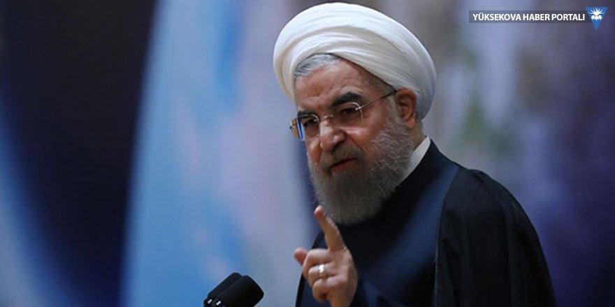 Ruhani'den ABD'ye: Siz kim oluyorsunuz?
