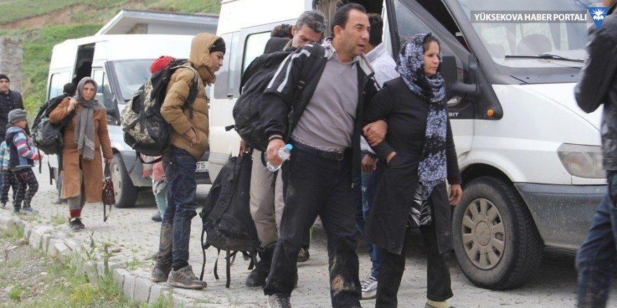 Başkale'de 33 kaçak mülteci yakalandı
