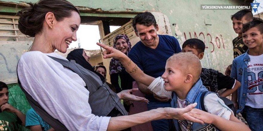 Angelina Jolie Kürt mültecilere ne dedi?