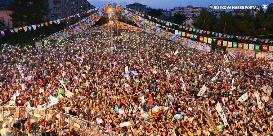 Diyarbakır mitinginde konuşan Buldan: Bir daha 90'ları yaşatmayacağız