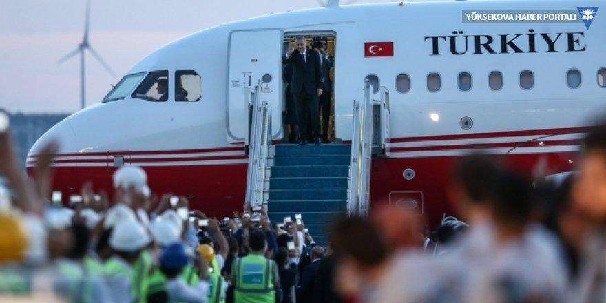 Cumhurbaşkanı Erdoğan'ın uçağı 3. Havalimanı'na indi