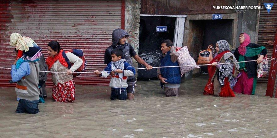 Hindistan'da muson bilançosu 200 ölü