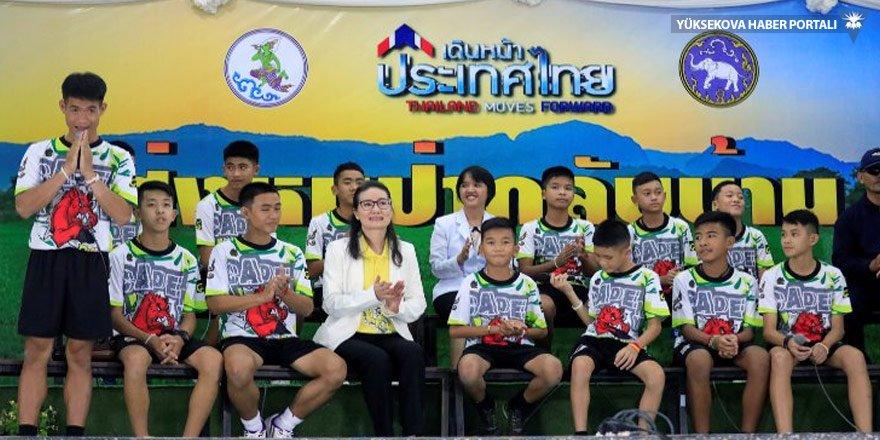 Taylandlı çocuklar basına konuştu: Fırça yemekten korktum!
