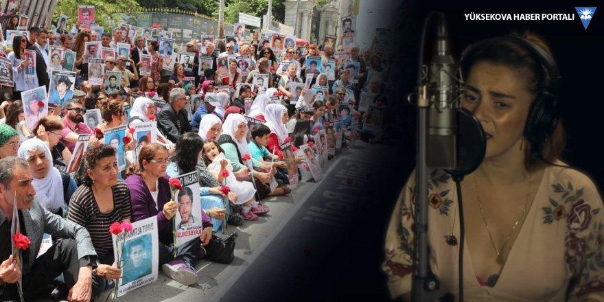 Ceylan Ertem 'Cumartesi Anneleri'yle söyledi: Beni bul anne