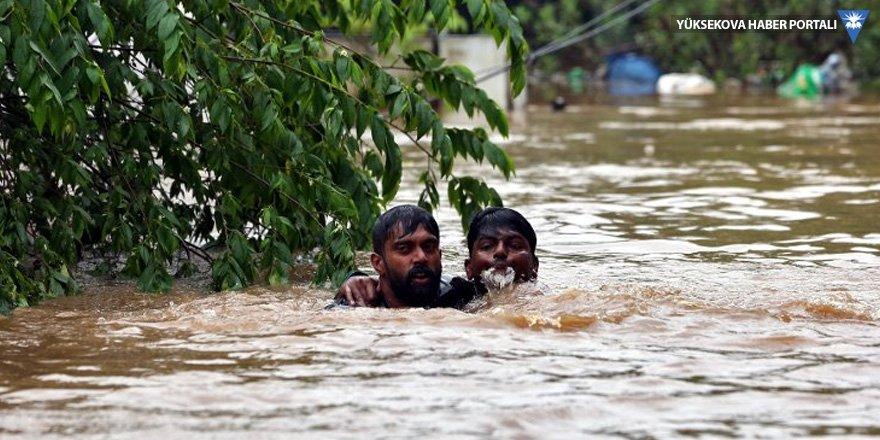 Hindistan'da sel felaketi: 168 kişi öldü