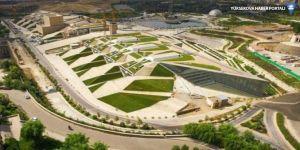 Dünyanın en büyük kitabevi İran'da açıldı