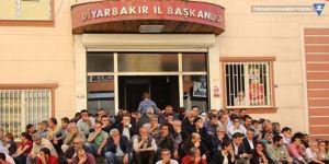 HDP'li vekil Ziya Pir'e merdivende oturma fezlekesi