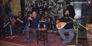 Yüksekova'da Cevdet Bağca Konseri