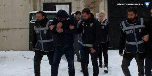 Van'da 1.8 milyon liralık vurgun yapan dolandırıcılar tutuklandı