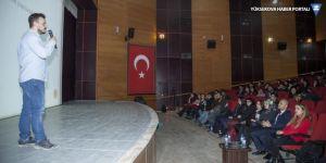 Hakkari Üniversitesi DGS VE KPSS semineri düzenledi