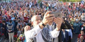 Temel Karamollaoğlu, Diyarbakır'da miting yaptı: Gelek spas Amed