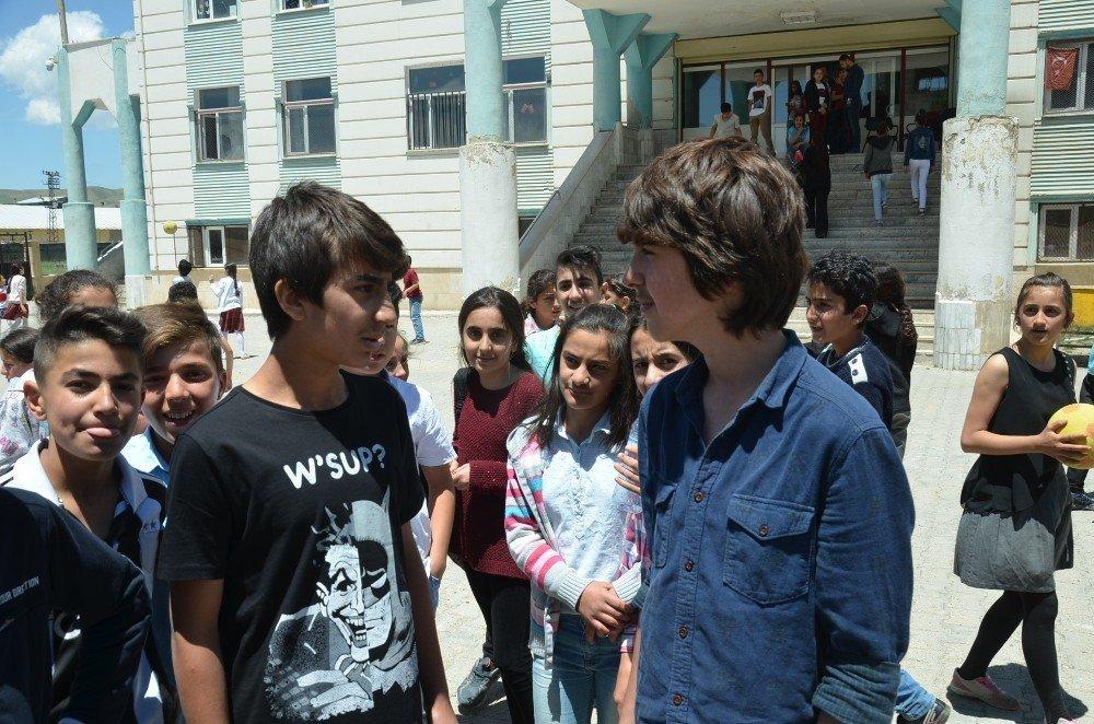 Yüksekovalı öğrenciler Türkiye birincisi oldu