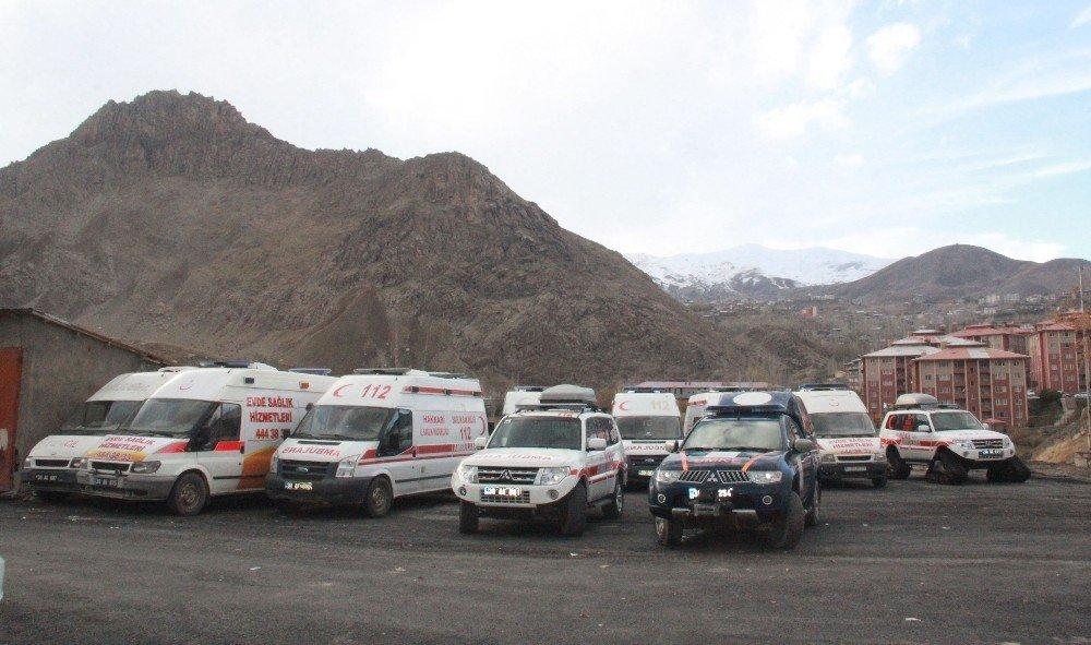 Hakkari'de 112 Acil Servis ekipleri kışa hazır