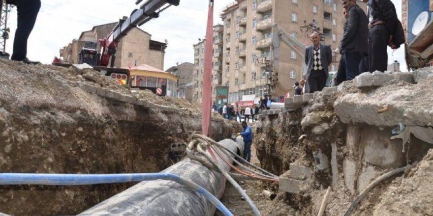 Yüksekova'da içme suyu çalışmaları
